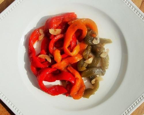 Poivrons marinés en salade