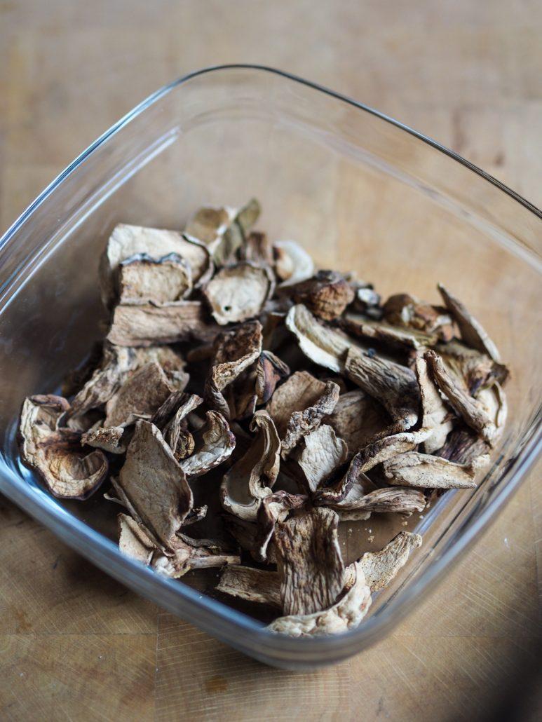 cèpes séchés pour cuisiner un bon gratin de pommes de terre