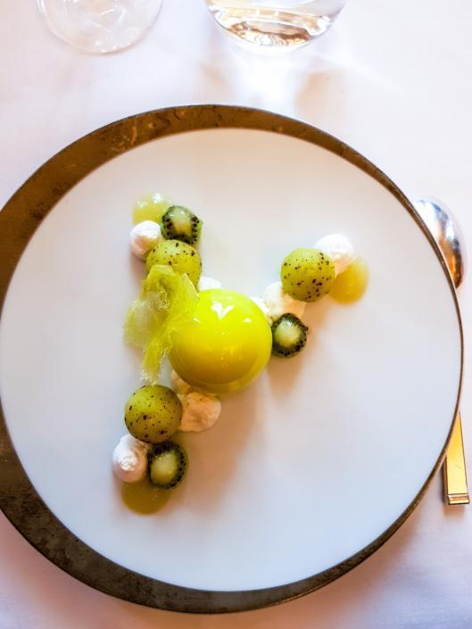 Restaurant Taillevent dessert pomme kiwi gingembre coriandre