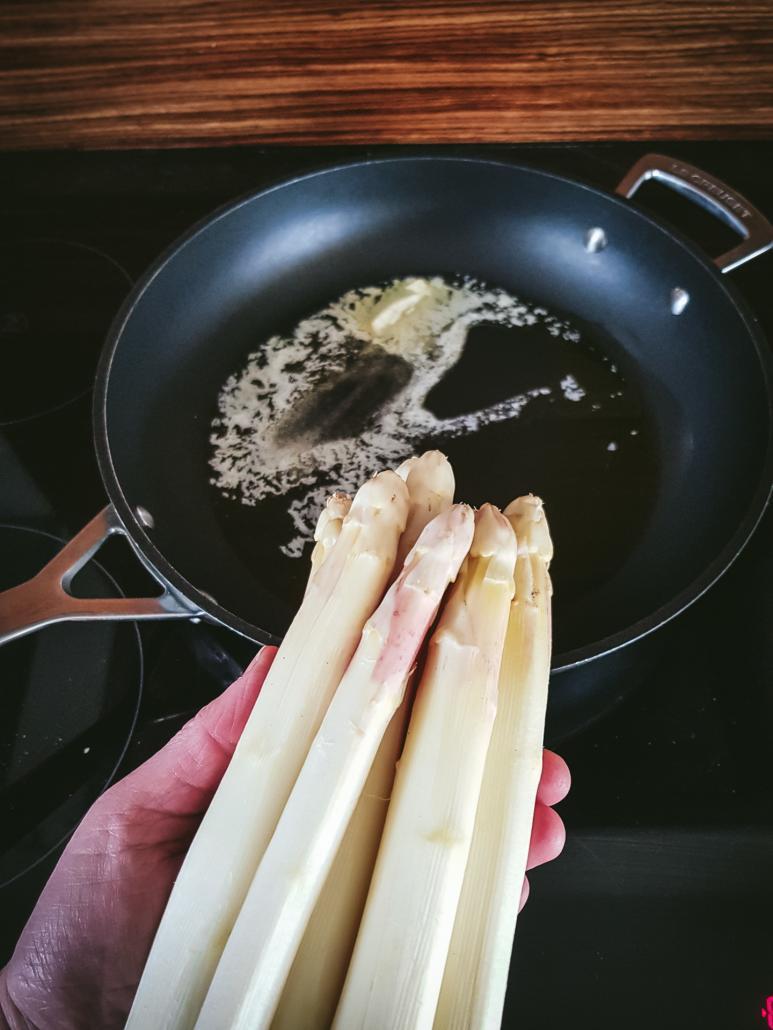 cuisson des asperges blanches à la poêle