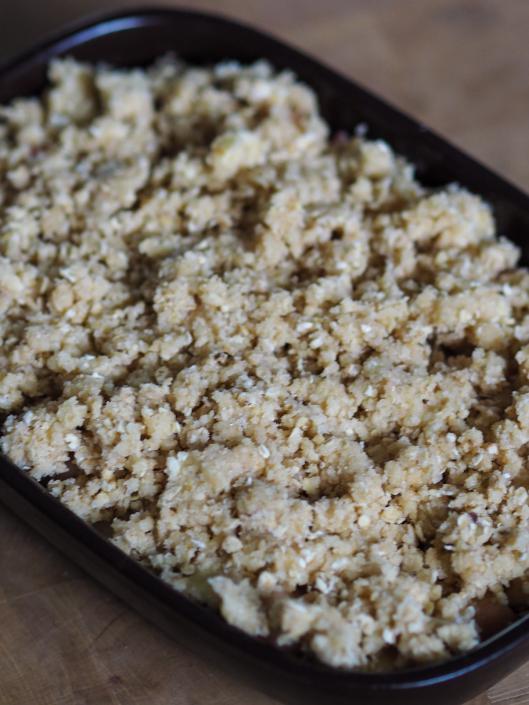 pâte à crumble aux flocons d'avoine avant cuisson