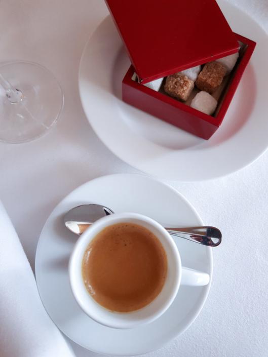 Pause café expresso à l'Arpège