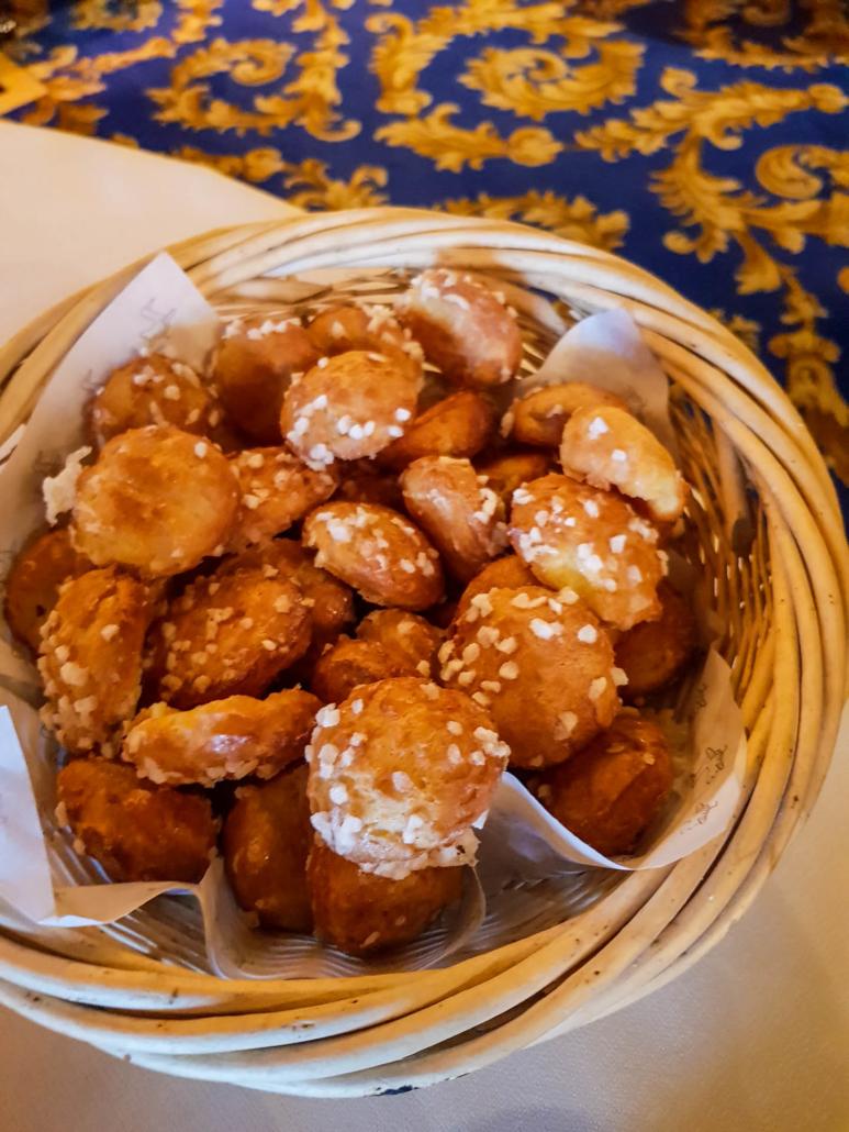 chouquettes de la boulangerie de la Tour d'Argent