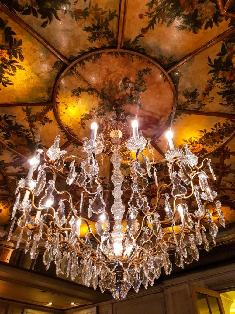 lustre du restaurant la Tour d'Argent