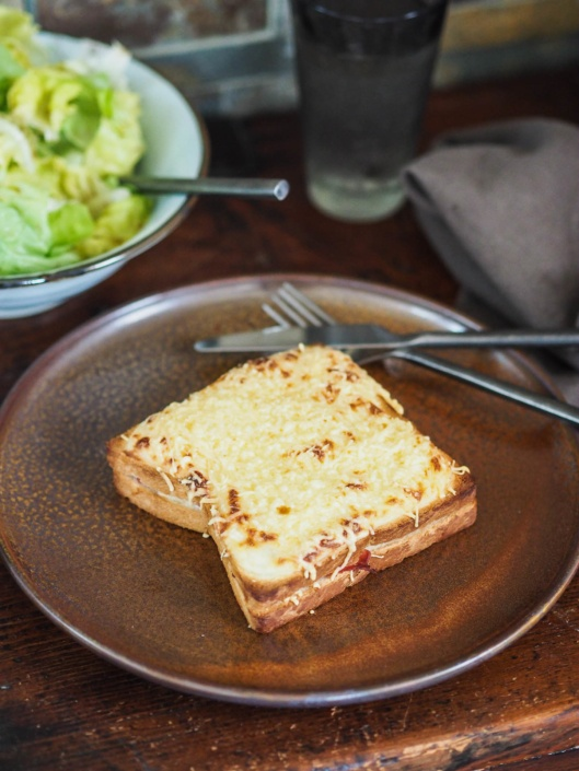 croque monsieur jambon, béchamel et fromage gratiné