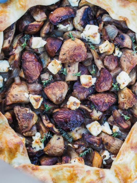 tarte rustique aux champignons de Paris, feta