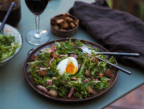 French frisée with bacon egg and croutons