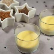 Verrines de royale de foie gras, crumble d'épices pour les fêtes