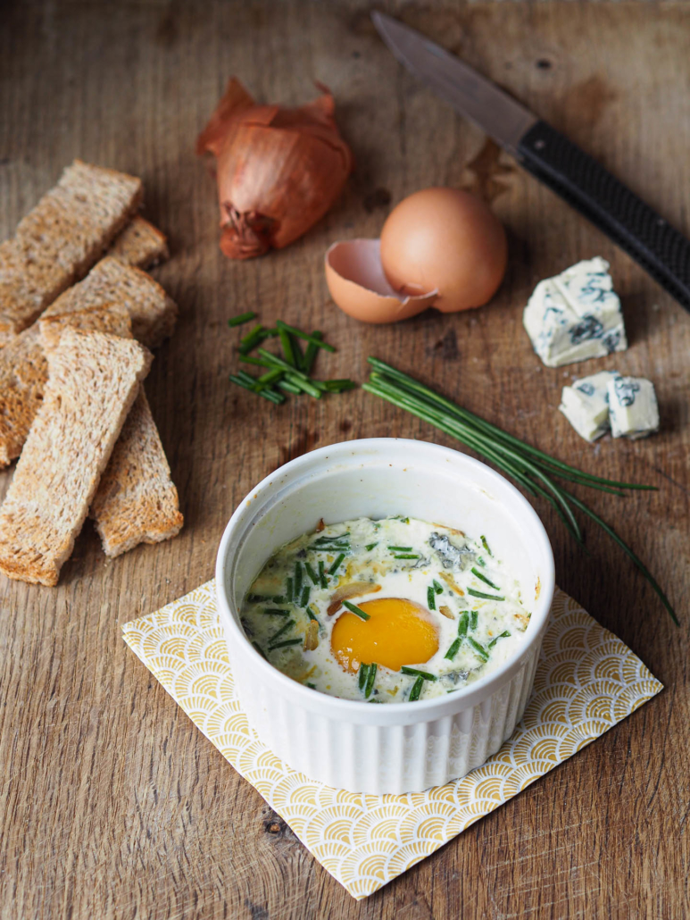 Egg en cocotte with blue cheese, French recipe